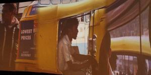 """Installationsansicht """"Chris Ziegler: Rickshaw Bangalore"""""""