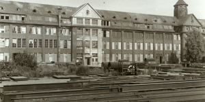 The building as an industrial ruin, after it had been given up as a production site.