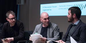 Florian Cramer, Matteo Pasquinelli und Daniel Irrgang bei der Podiumsdiskussion