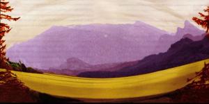 Das Bild zeigt eine grüne Wiese vor einem Berg.