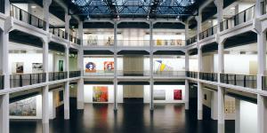 Der Lichthof des Museum für Neue Kunst