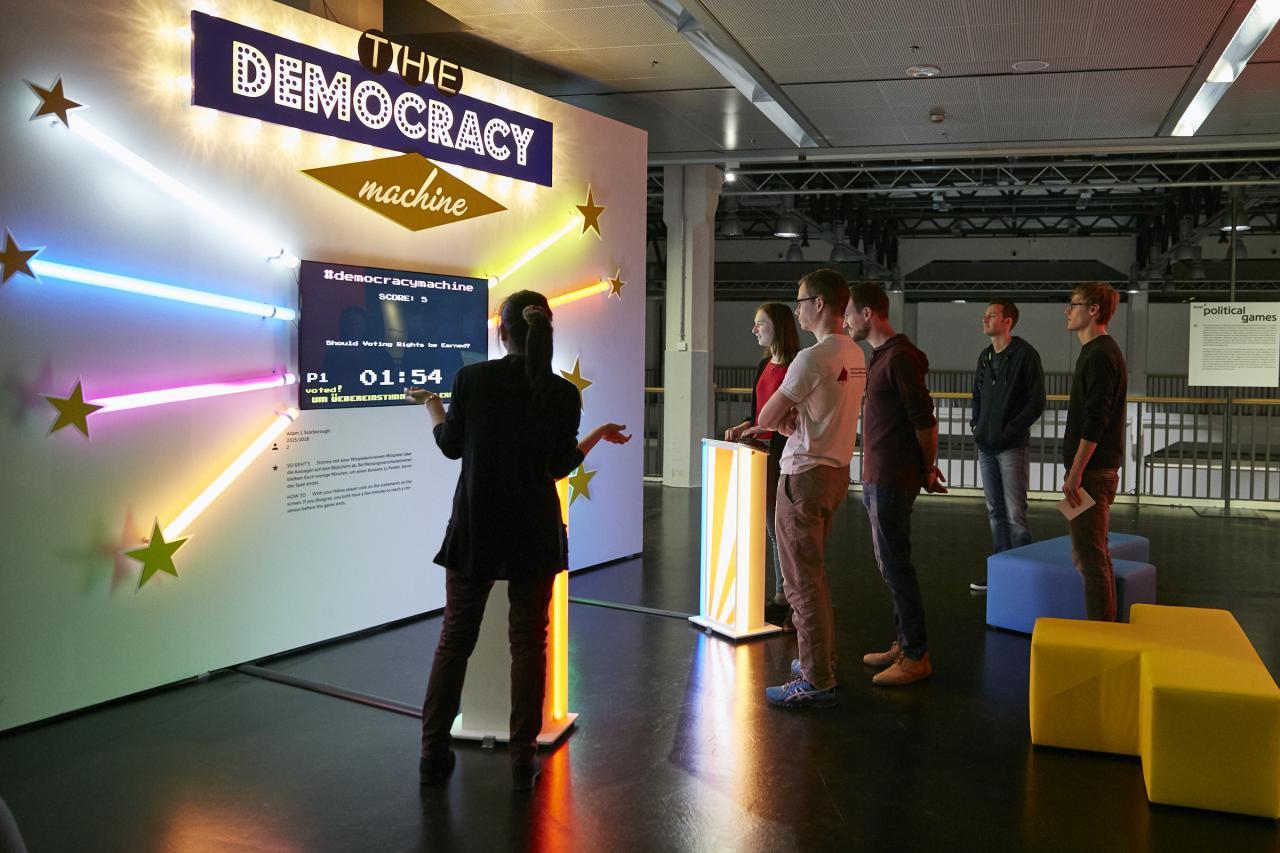 Blick in die Ausstellung »gameplay. the next level«
