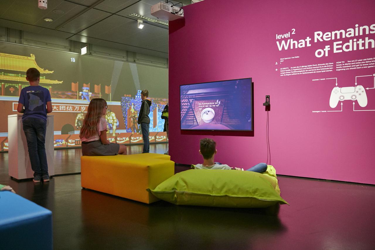 Blick in die Ausstellung »zkm_gameplay. the next level«