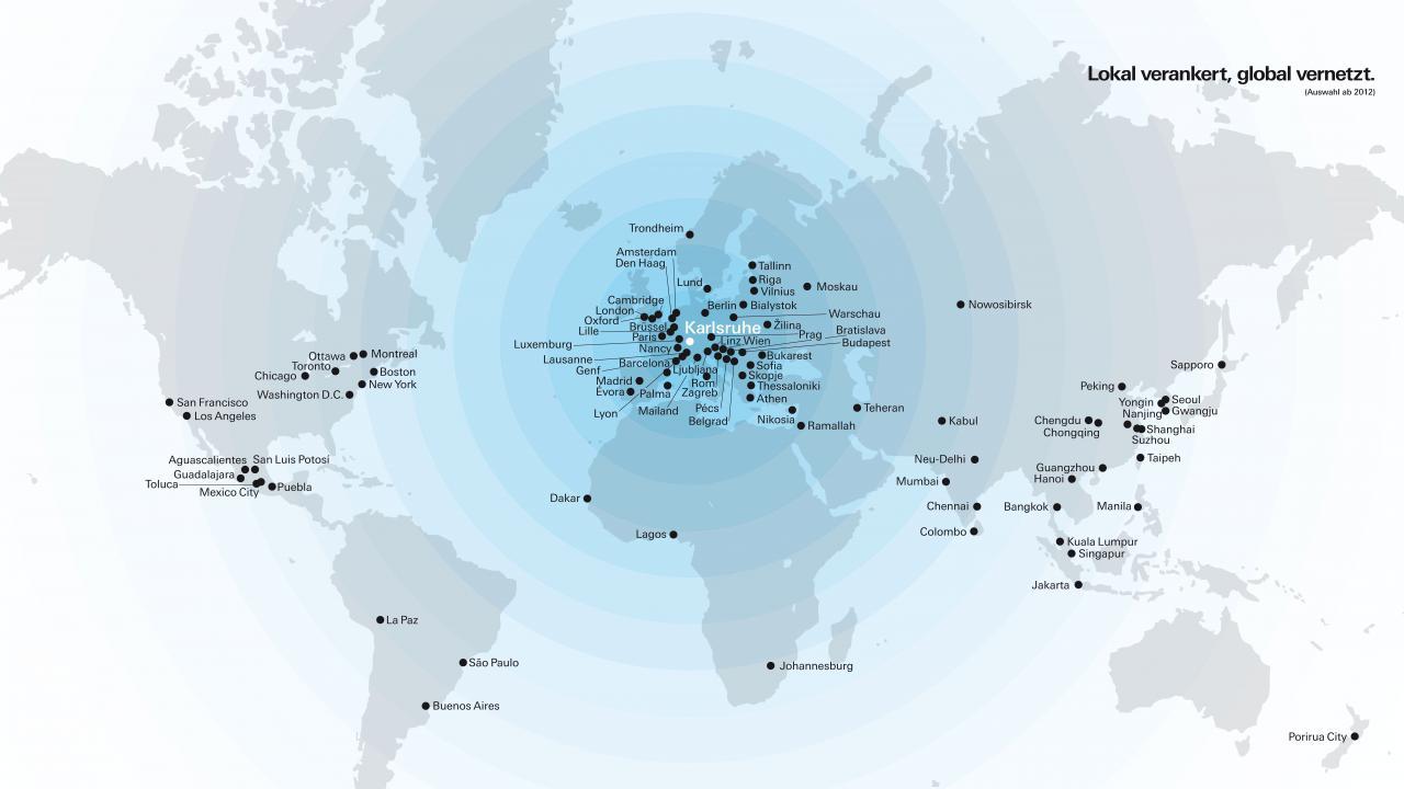Die Graphik zeigt eine Weltkarte, die die Stationen der ZKM Ausstellungen weltweit zeigt.