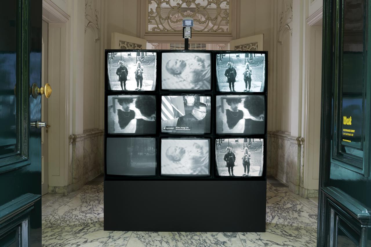 Blick in die Ausstellung »Radical Software. The Raindance Foundation, Media Ecology and Video Art«, West, Den Haag