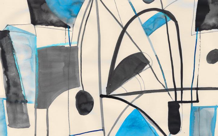 Ein abstraktes Gemälde mit schwarzen und blauen Formen vor einem weißen Hintergrund.