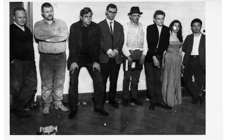 Performance Vor Der Kamera Joseph Beuys Und Wolf Vostell Im Film Zkm