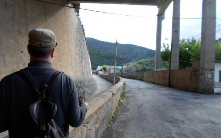 Christoph Korn auf dem Fluchtweg Walter Benjamins über die Pyrenäen.