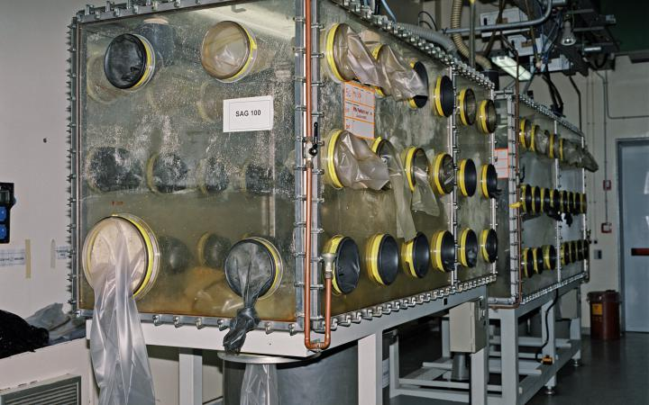 Big machine to dismantle plutonium