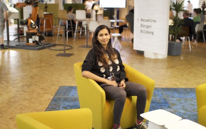 Portraitfoto der Studentin Yasha Jain aus Mumbai