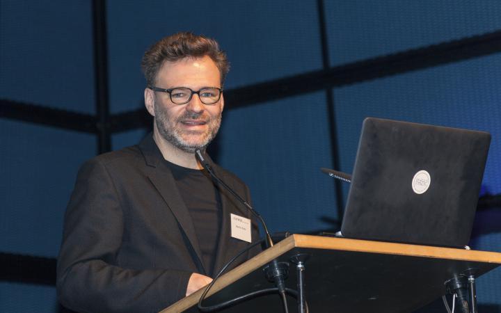 Martin Kunz bei seinem Vortrag im Rahmen des Frei Otto Symposiums