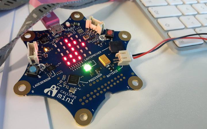 Microcontroller Calliope Mini