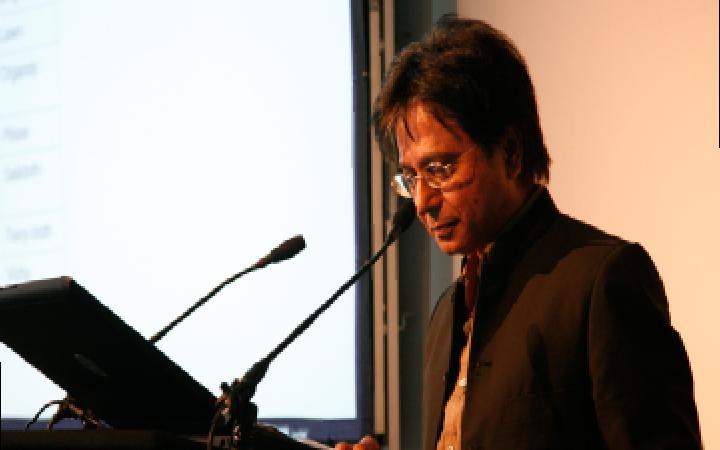 Portrait von Sarat Maharaj