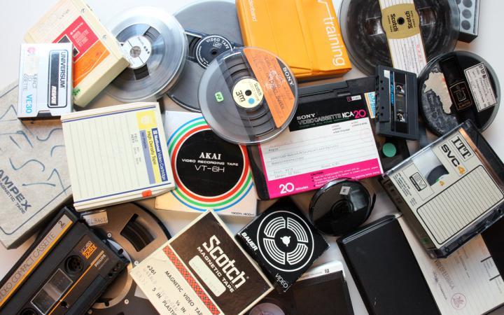 Video- und Audiobänder