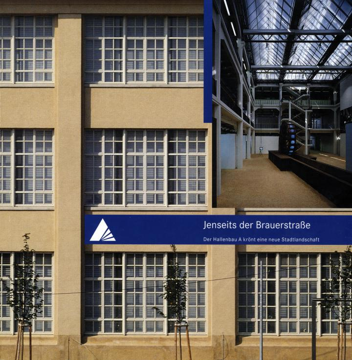 Das Cover der Publikation zeigt die Fassade des ZKM sowie eine Innenansicht.
