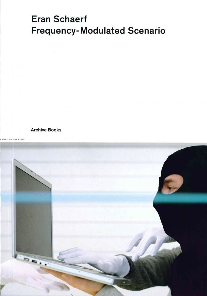 Bookcover with photo: Man with a black balaclava in front of a laptop