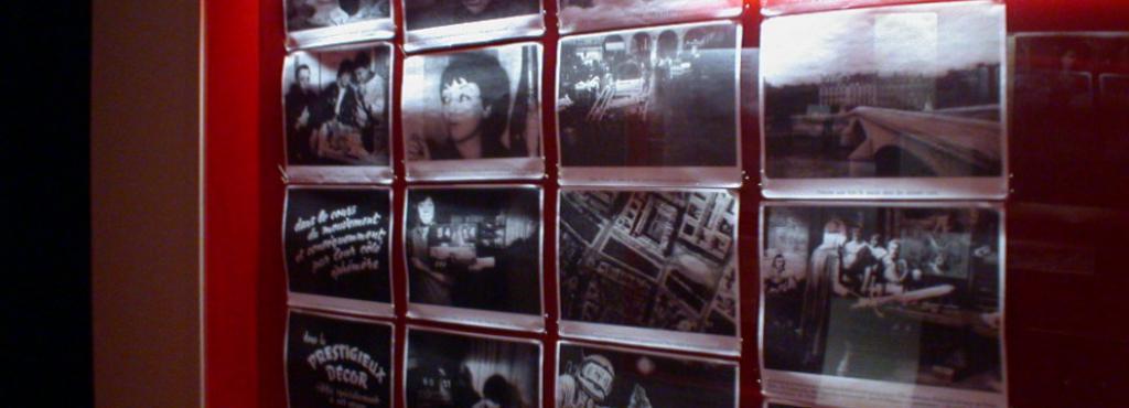 Ansicht der Ausstellung »Guy Debord«: Blick in eine Vitrine