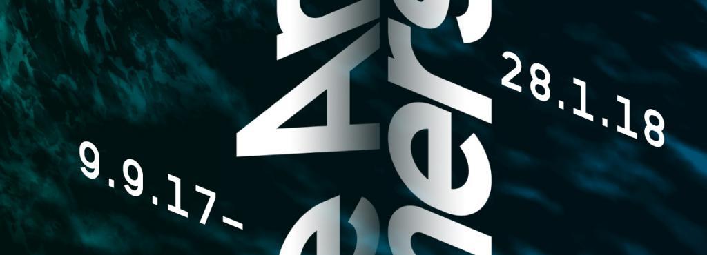 Titelseite in verschiedenen Blautönen, weiße Schrift.