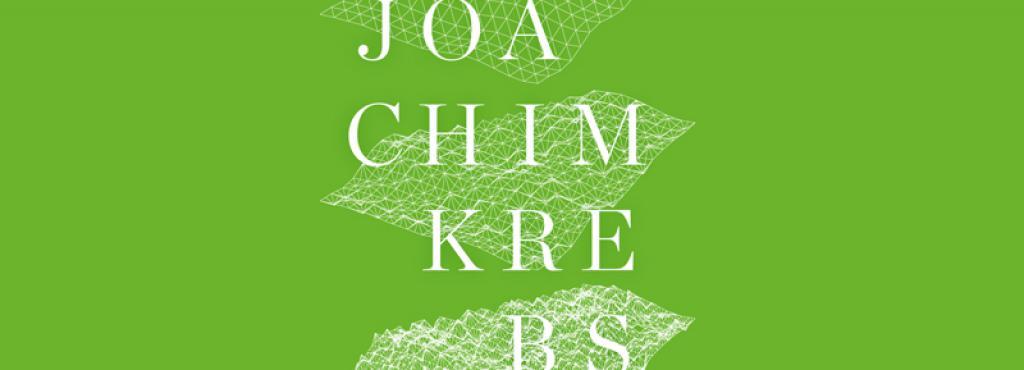 Die Graphik zeigt den Schriftzug Joachim Krebs sowie drei Gitterstrukturen auf einem grasgrünen Untergrund