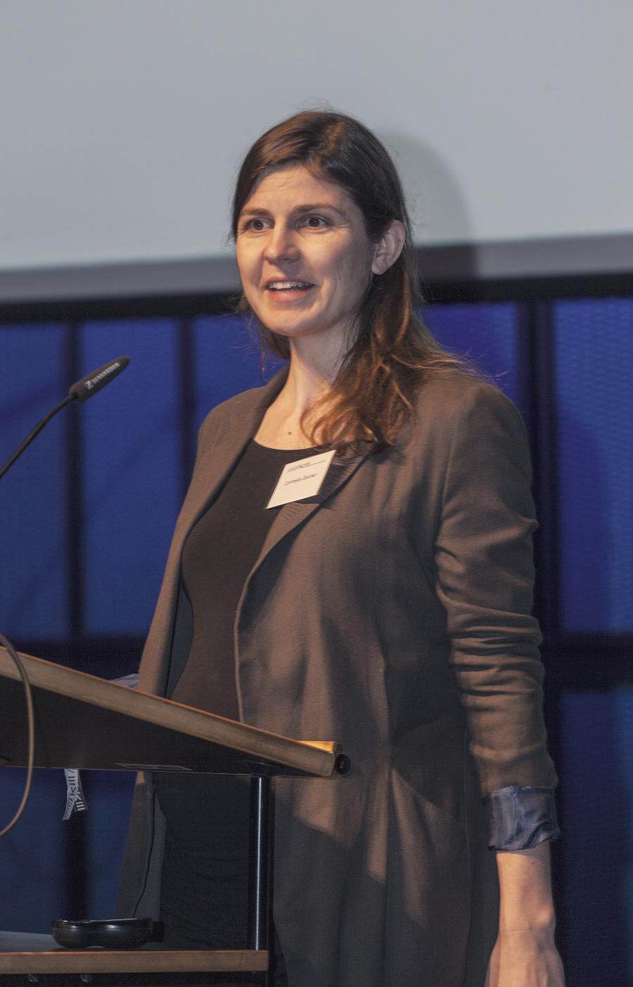 Cornelia Escher bei ihrem Vortrag im Rahmen des Frei Otto Symposiums