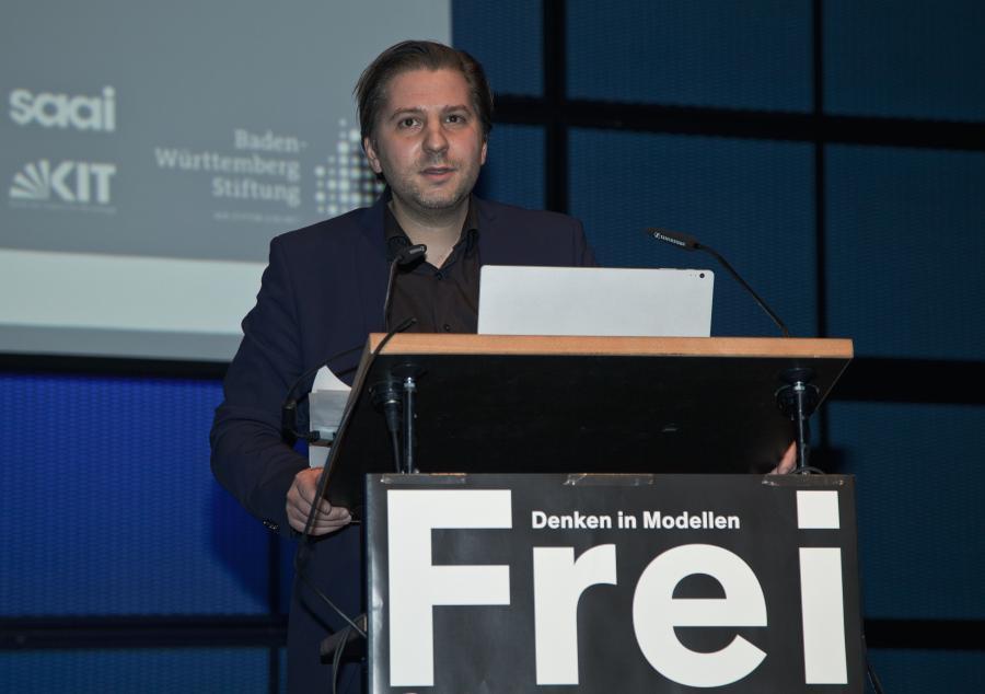 Georg Vrachliotis during his presentation at the Frei Otto Symposium