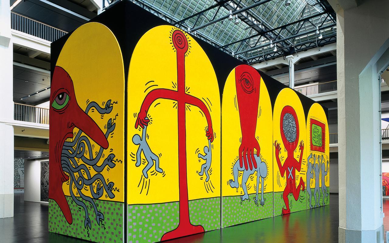 """Ausstellungsansicht """"Keith Haring: Heaven and Hell"""""""