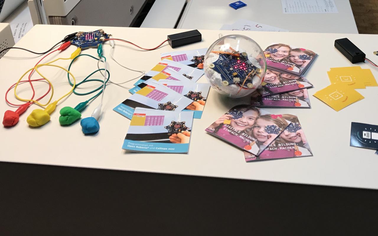 Caliope mini in der Ausstellung »Open Codes. Leben in digitalen Welten«
