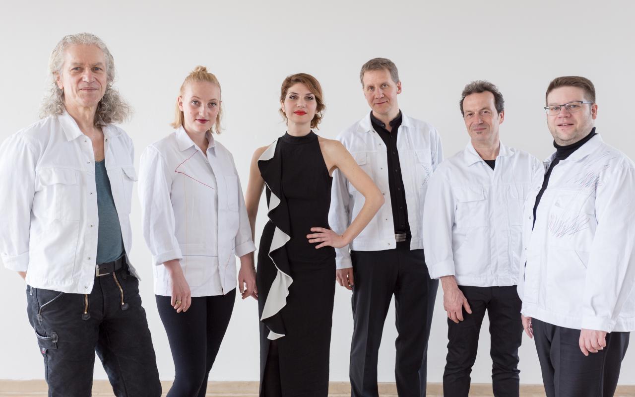 Ein Foto des Musik Ensembles Scriabin Code.