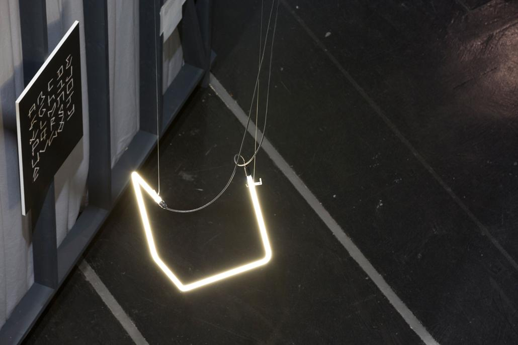 A spiral light rod