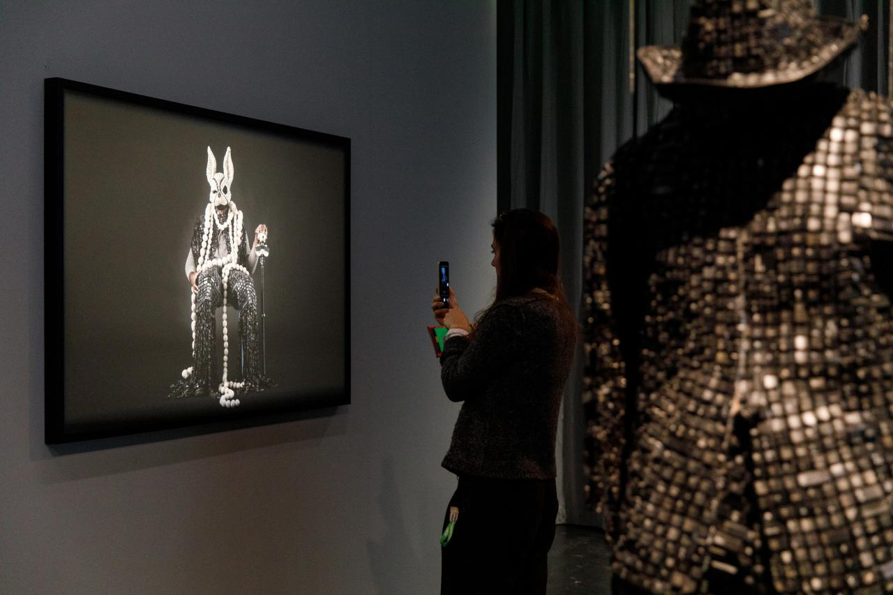 Exhibition view»Digital Imaginaries – Africas in Production«