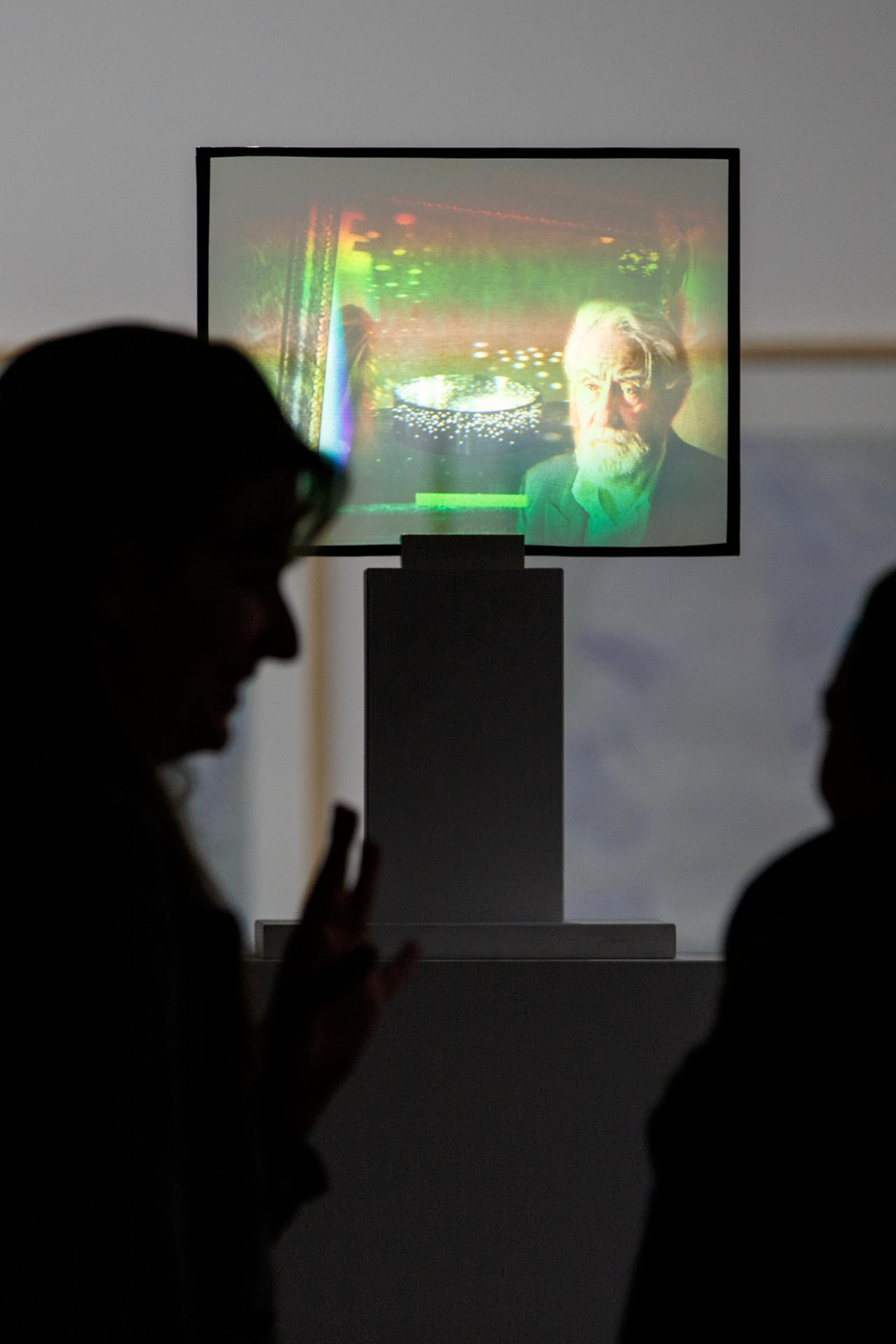 Lichtinstallation »Dieter Jung. Between and Beyond«