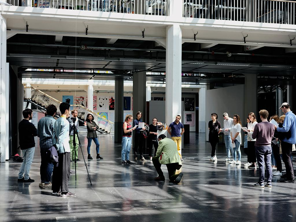 Critical Zones Forschungsseminar an der Staatlichen Hochschule für Gestaltung Karlsruhe (HfG)