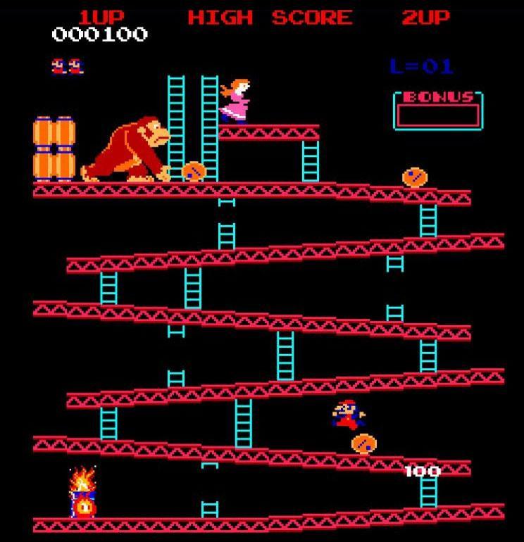 Donkey Kong lässt Fässer mehrere Stockwerke hinunterrollen. Jumpman springt über die Fässer.