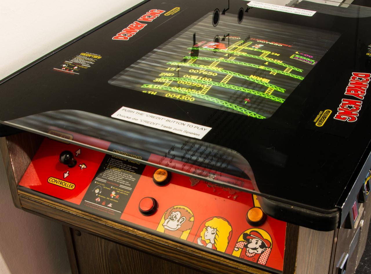 Closeup from the »Donkey Kong« cocktail table arcade machine