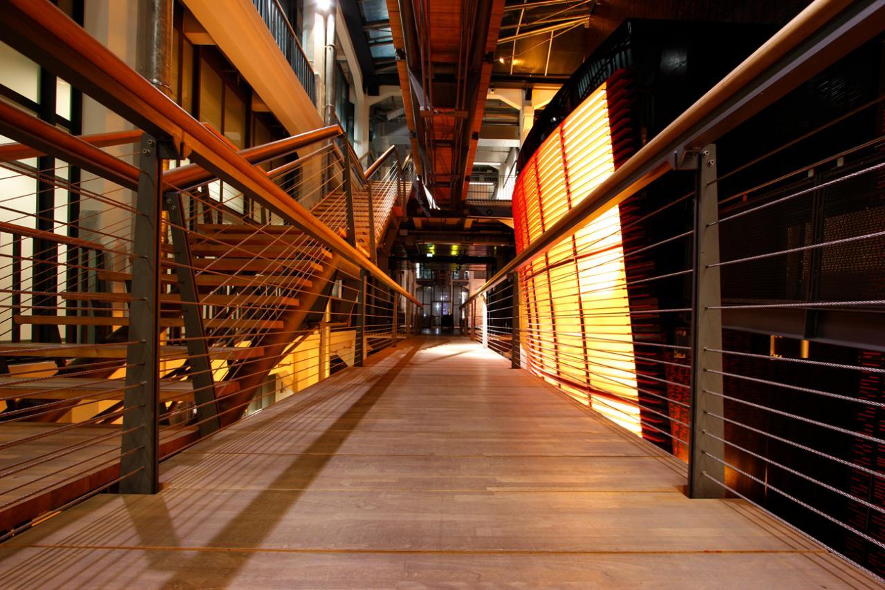 Brücke des ZKM_Musikbalkon