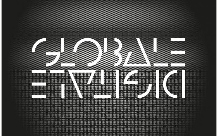 White letters on black ground: GLOBALE and upside-down DIGITALE