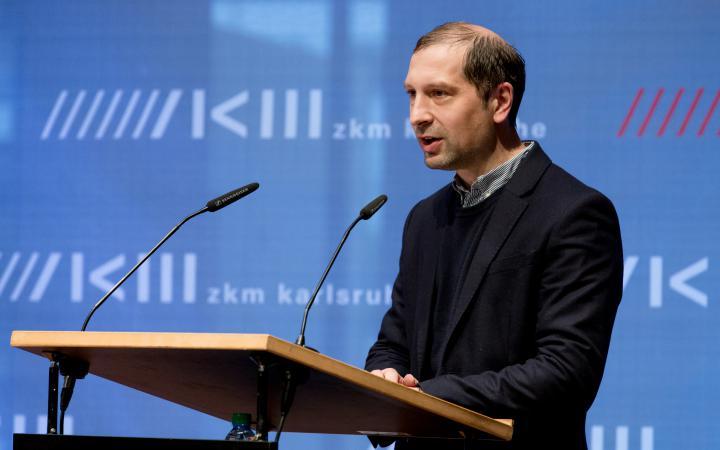 Philipp Ziegler bei seiner Rede an der Eröffnung von Markus Lüpertz