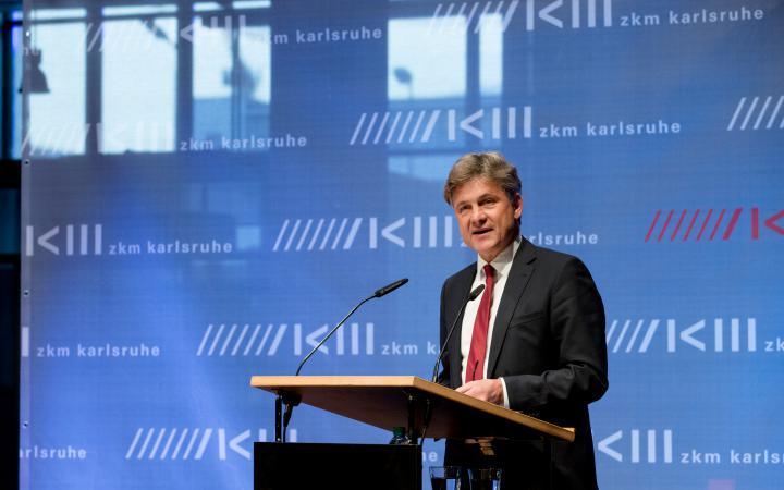 Frank Mentrup bei der Eröffnung von Markus Lüertz