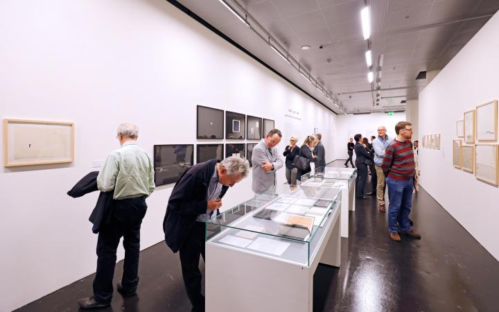 Visitors of the opening of the exhibition series »Poetic Expansions«