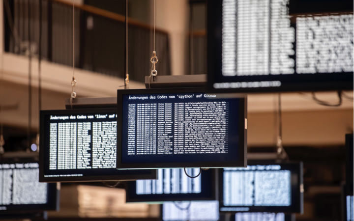 Screens that show a lot of data hang in the OpenHUB.