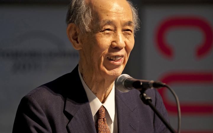 Hiroshi Kawano bei seinem Vortrag zur Eröffnung der Ausstellung