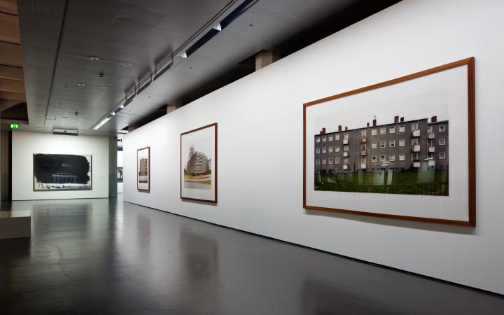 Ausstellungsansicht Architektur und Identität