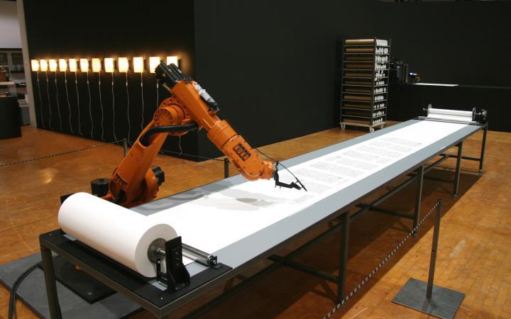 """Ausstellungsansicht """"Wolfgang von Kempelen: Mensch-[in der]-Maschine"""""""