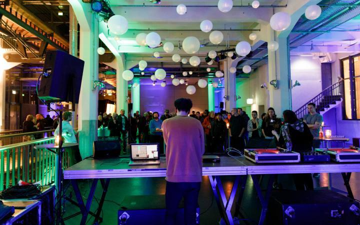 Live electronic DJ performance by David Bird