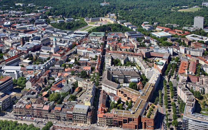 Vogelperspektive auf die Stadt Karlsruhe