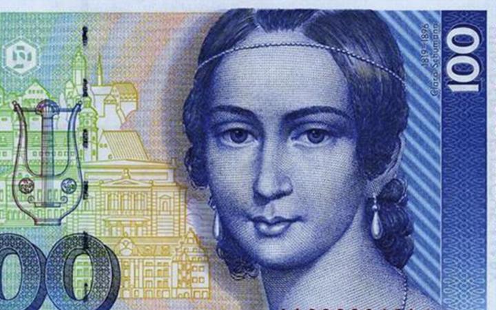 Die Komponistin Clara Schumann auf dem blauen 100 D-Mark Schein