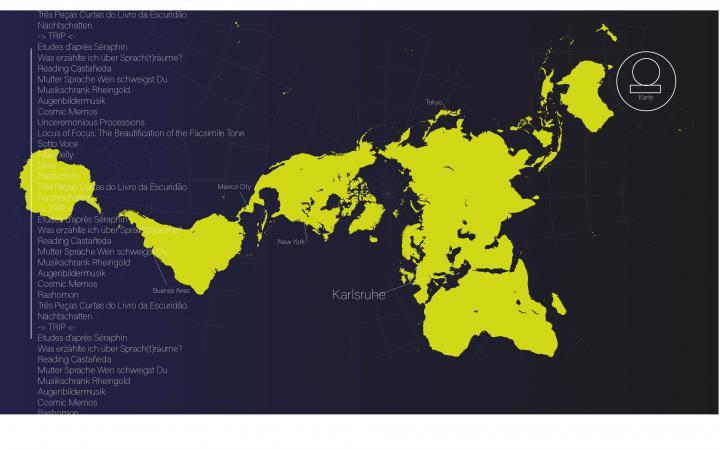 Screenshot einer verzogenen Weltkarte und Text am linken Rand