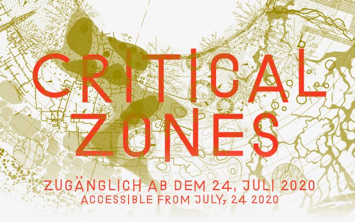 Die Grafik der Ausstellung »Critical Zones« am ZKM Karlsruhe. Der Titel steht in Orange vor einer abstrakten, gelblichen Karte.