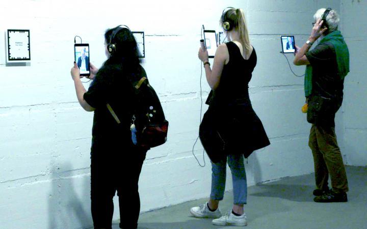 Blick in die Ausstellung »generator marx: kapital | digital«