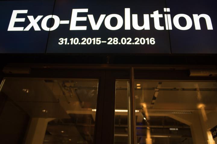 A neon sign Exo-Evolution